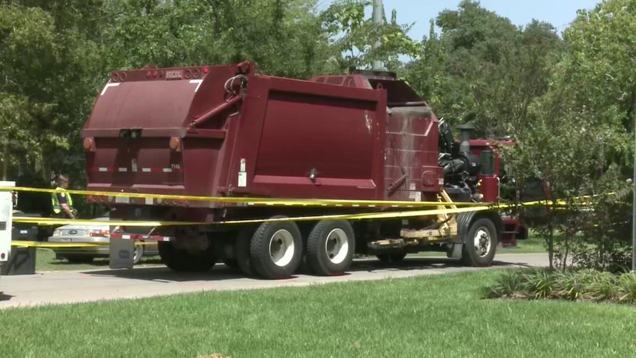 Texas A&M student hit, killed by garbage truck