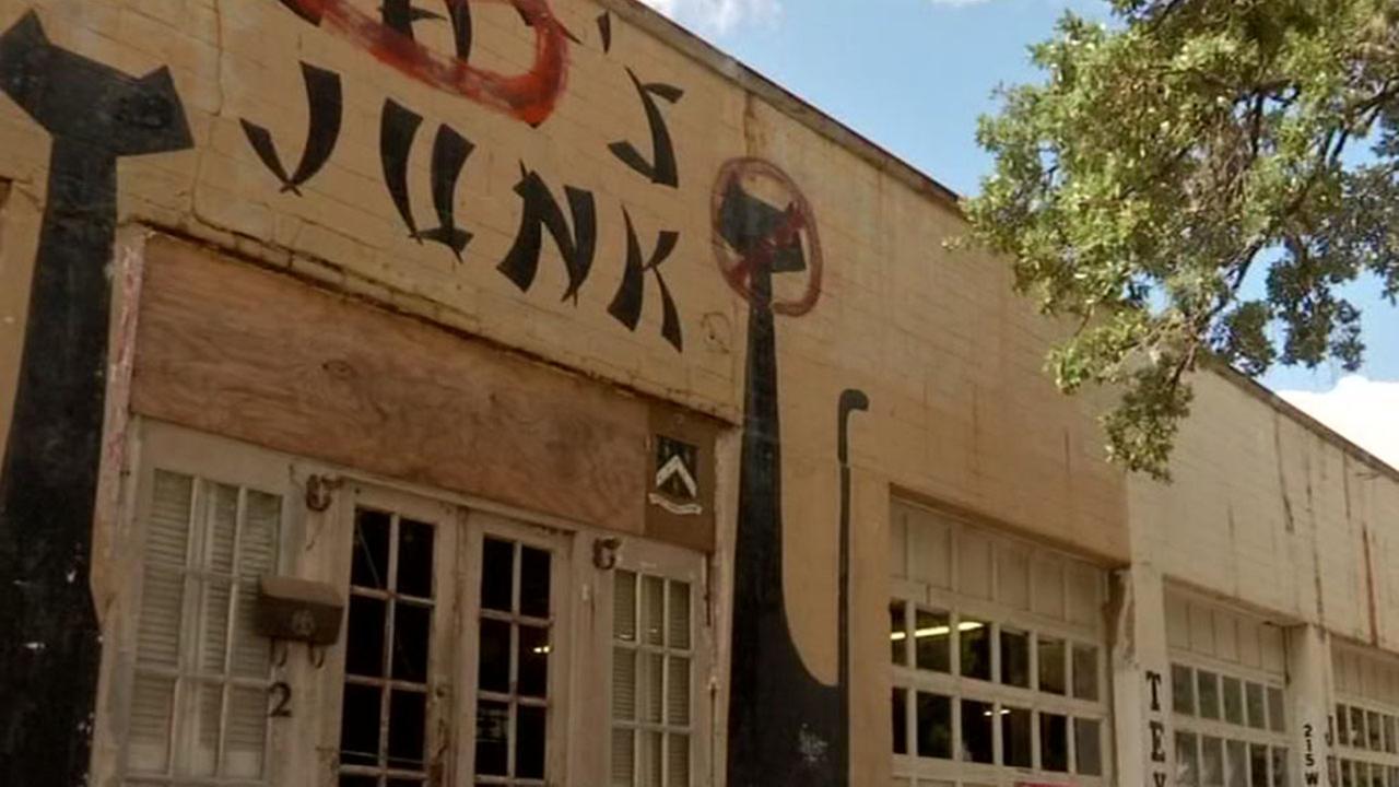 Texas Junk Company is closing