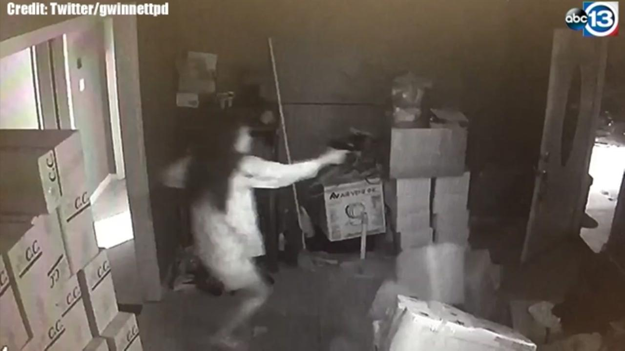 VIDEO: Woman shoots, kills one suspect during home invasion