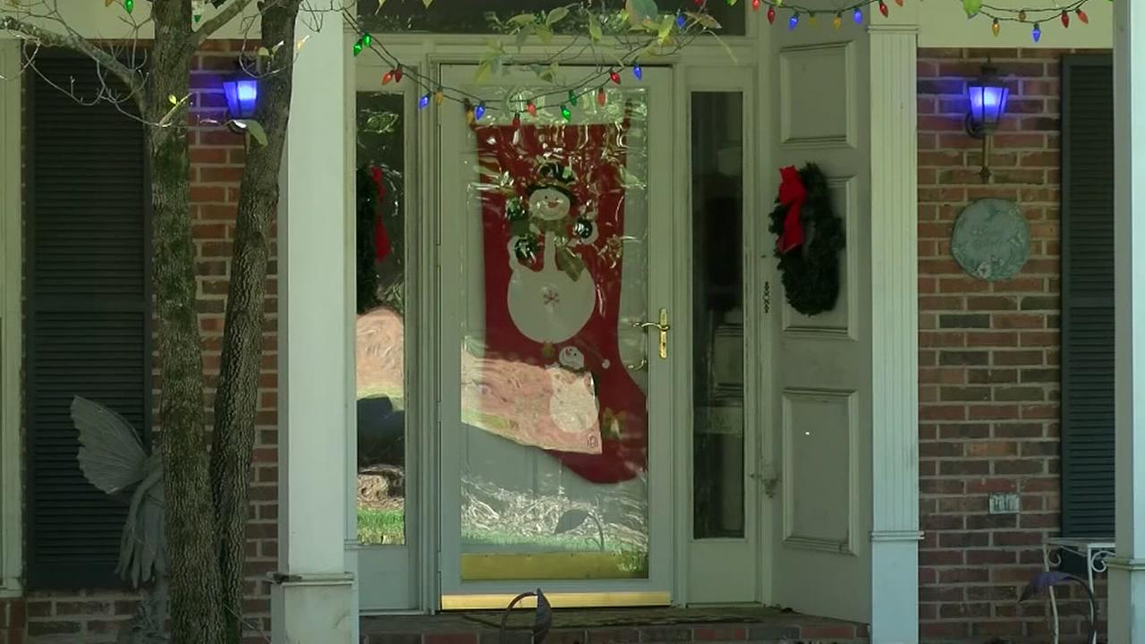 Dying woman celebrates Christmas in October