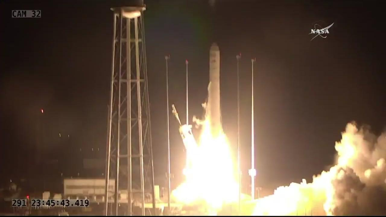 NASA deploys unmanned rocket to ISS