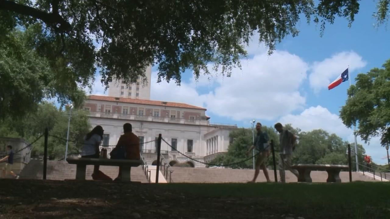 UT students hold affirmative action bake sale
