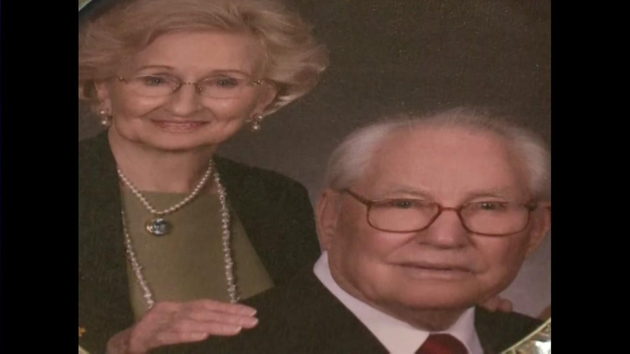 After 74 years together, couple dies on same day