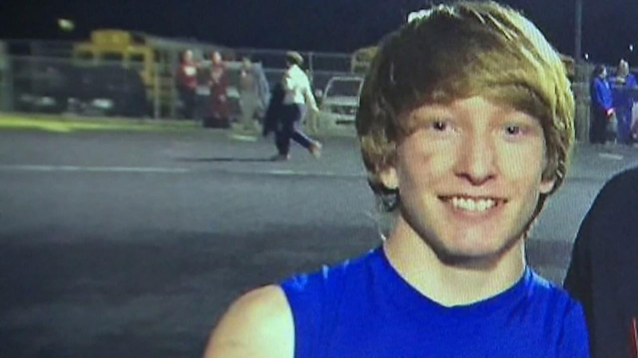 Texas HS football player dies after game injury