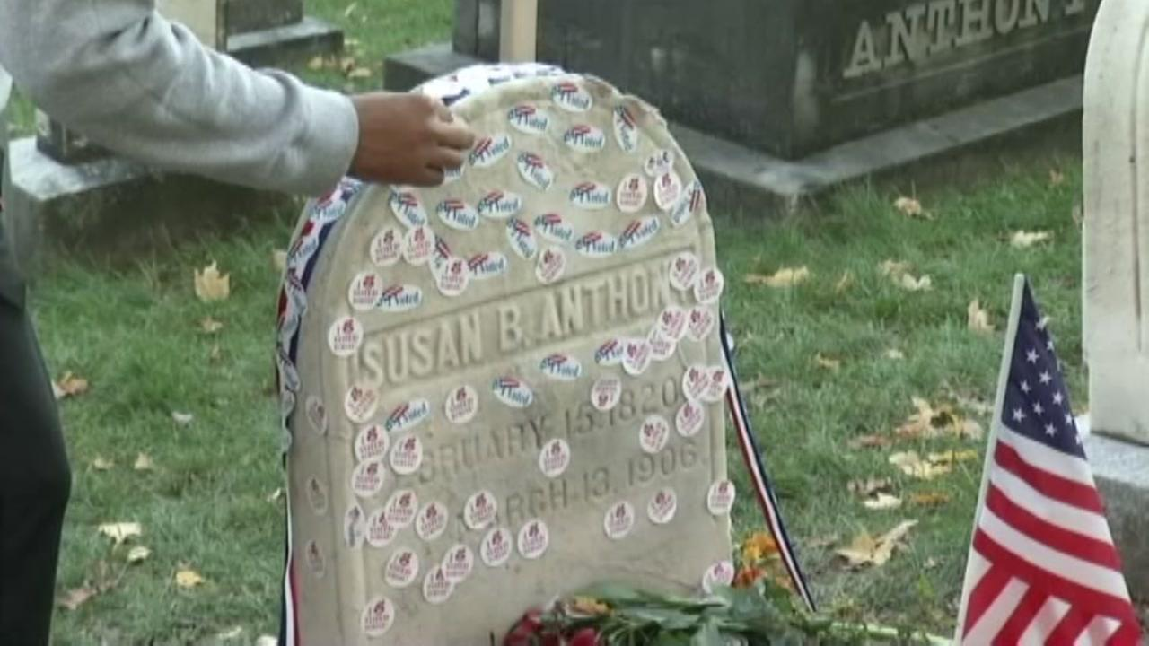 Steady crowd marks Election Day at Susan B. Anthonys grave