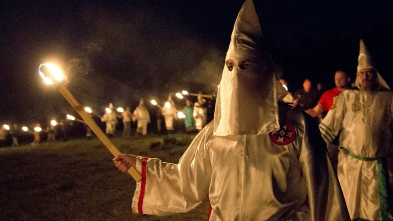 KKK to celebrate Trump victory with parade