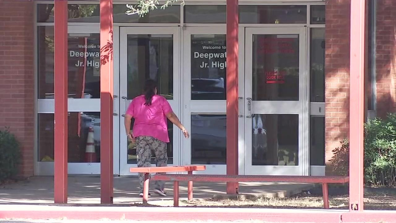 Money courier robbed outside of Deer Park ISD school