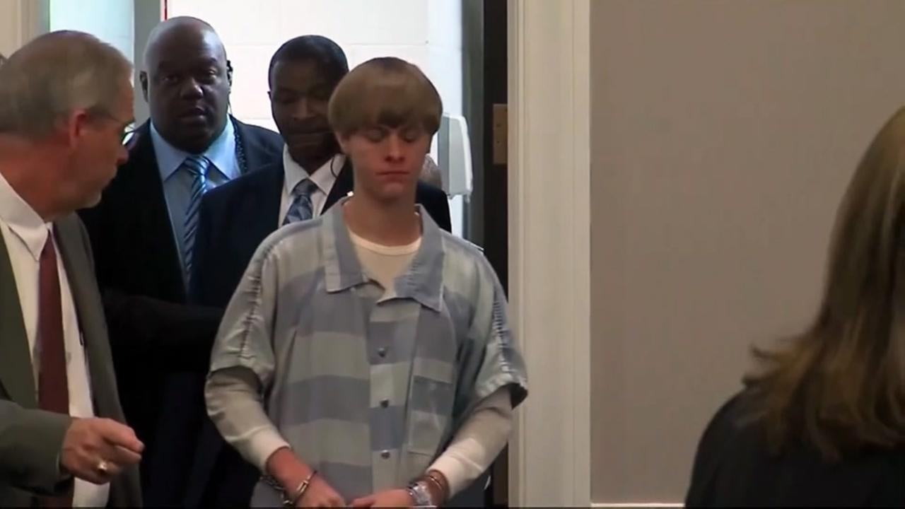Charleston church shooting suspect can act as his own attoreny