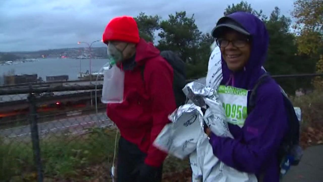 Man with lung disease does marathon towing oxygen tank