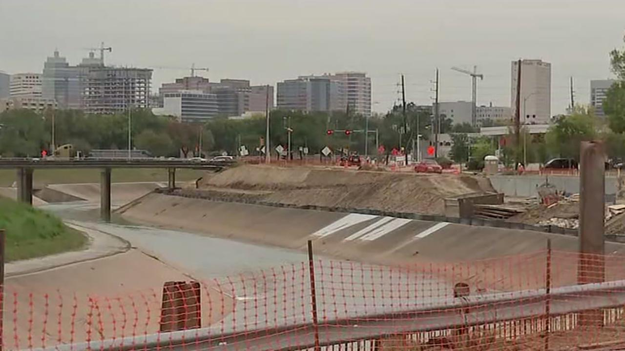 Residents along Brays Bayou want widening project completed
