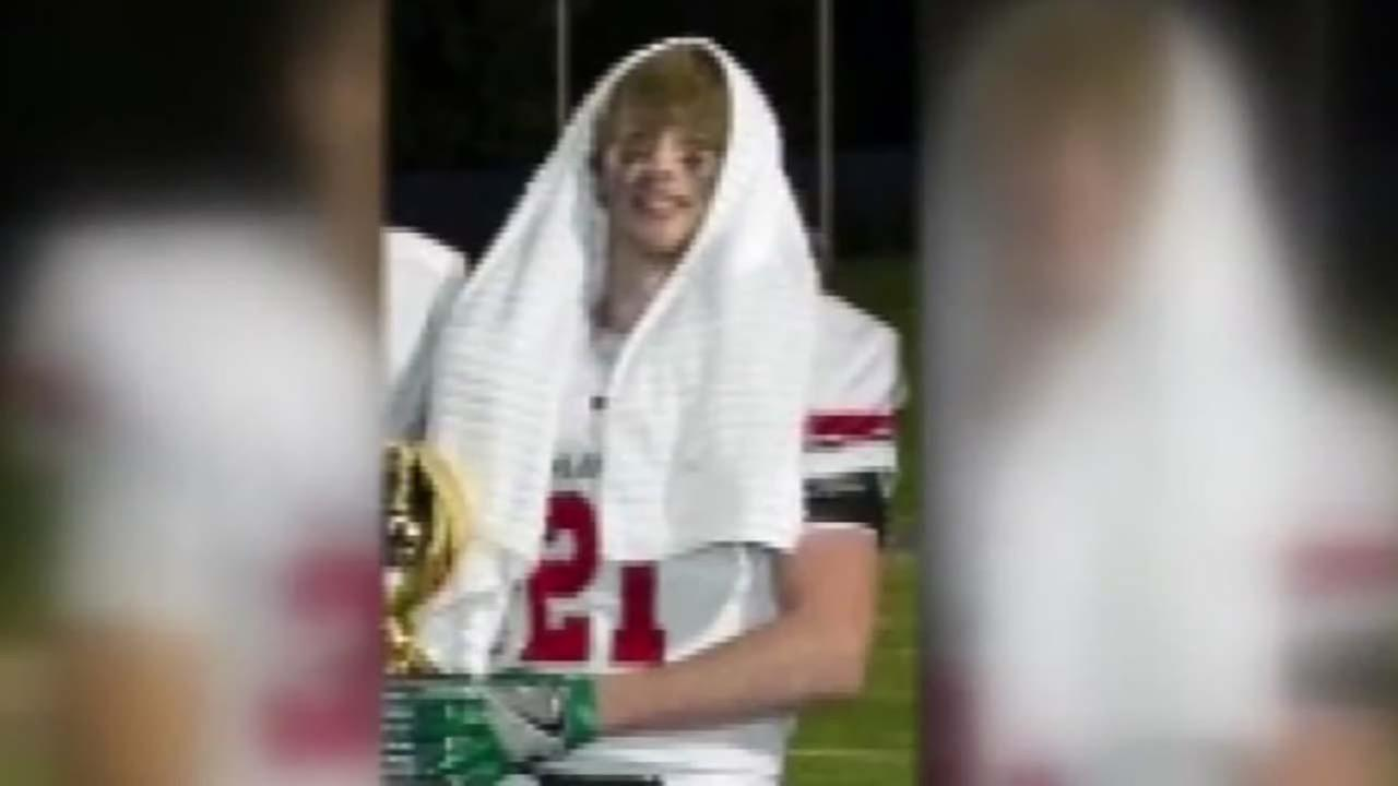 Woodlands High School plays football game after teammate injured