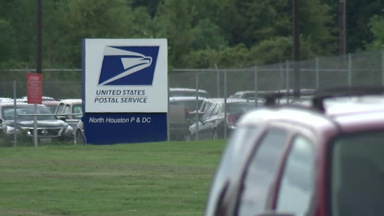 Man unable to get package from USPS