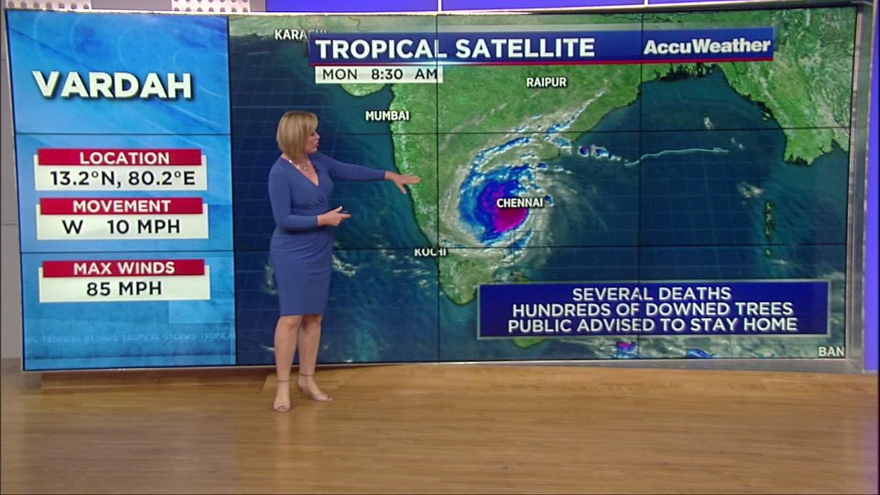 Tropical Cyclone Vardah hits India