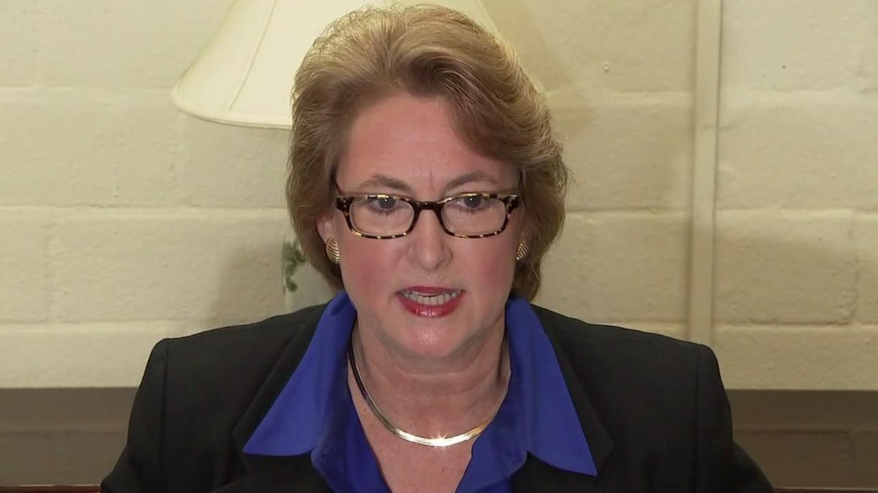 Newly elected DA sends 37 prosecutors packing via email