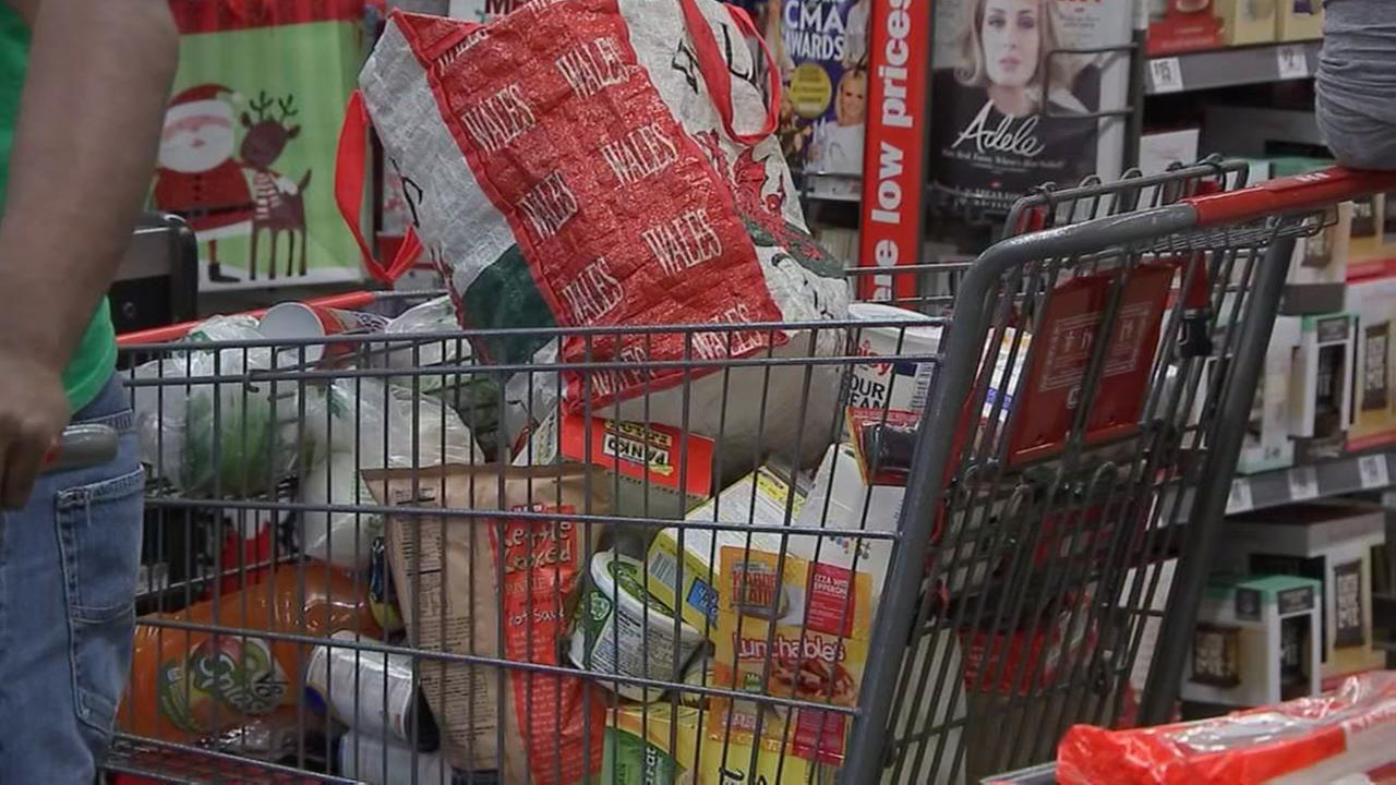Grocery stores open on Christmas Eve and Christmas Day   abc13.com