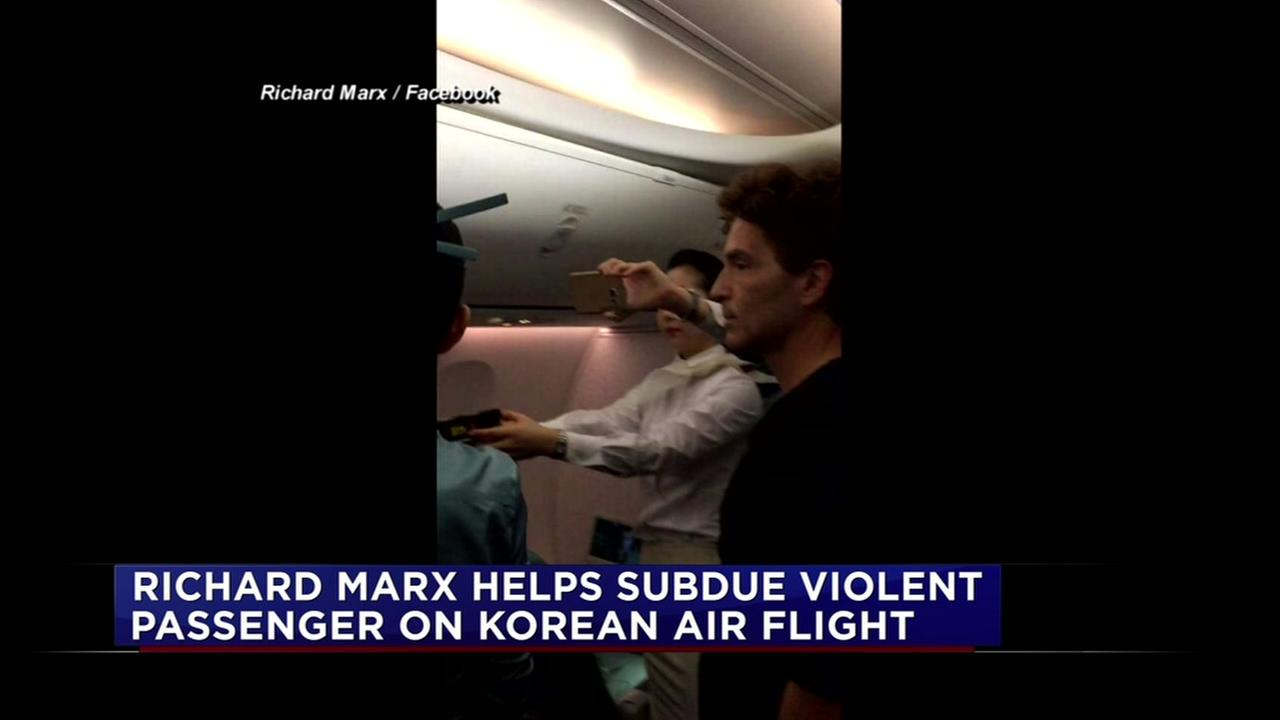 Richard Marx helps with unruly passenger