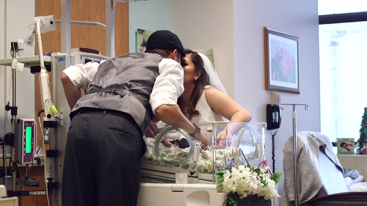 Parents marry at Texas Childrens with premie son