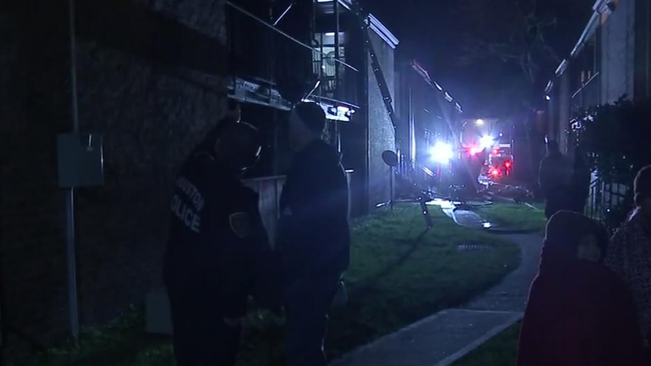 Heater sparked apartment fire in southeast Houston