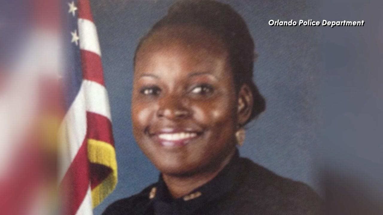 Orlando police officer shot and killed outside of a Wal-Mart