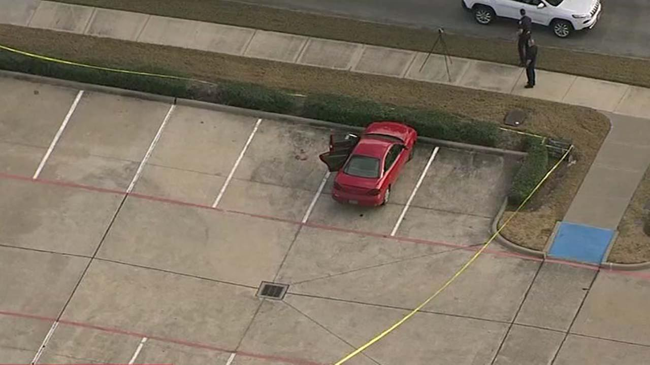 Pearland police looking for men after shooting at basketball court
