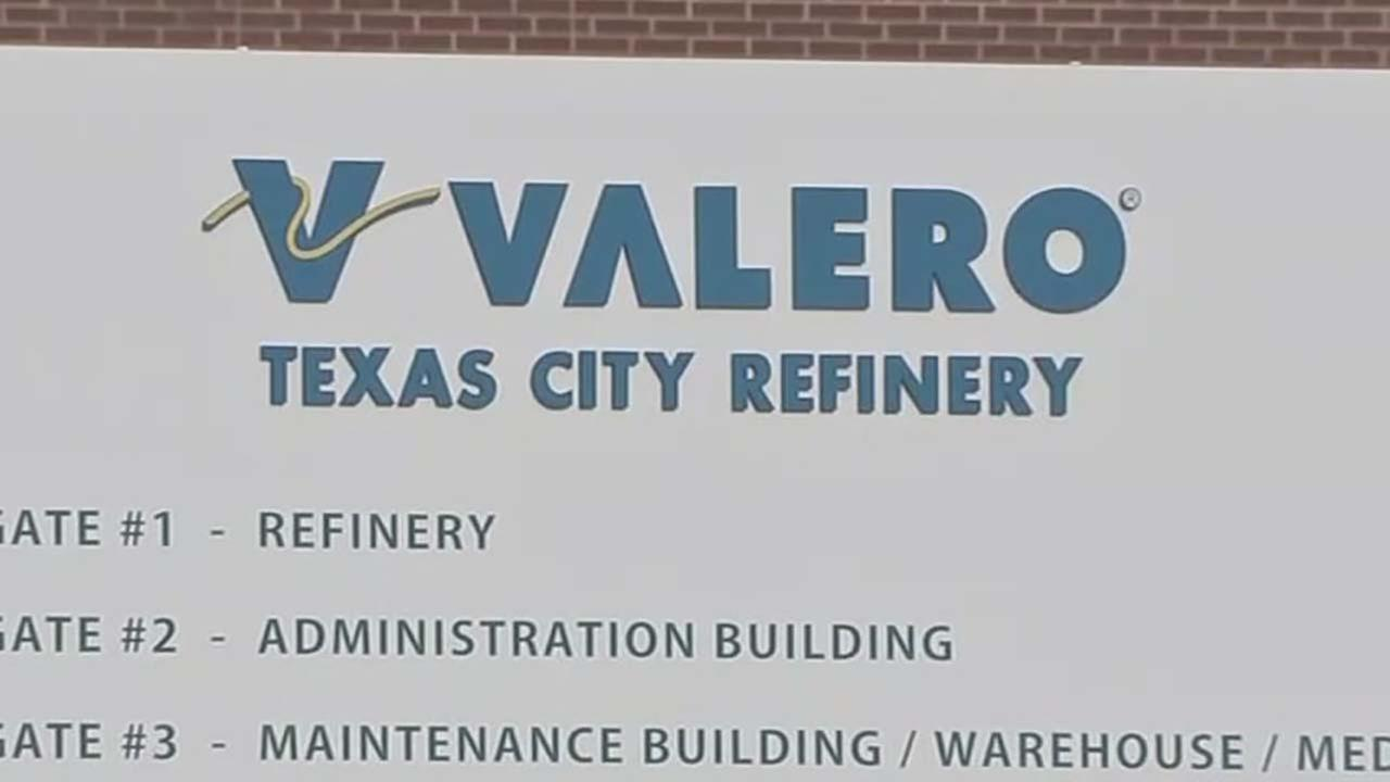 Texas City residents wake up to foul order from Valero plant