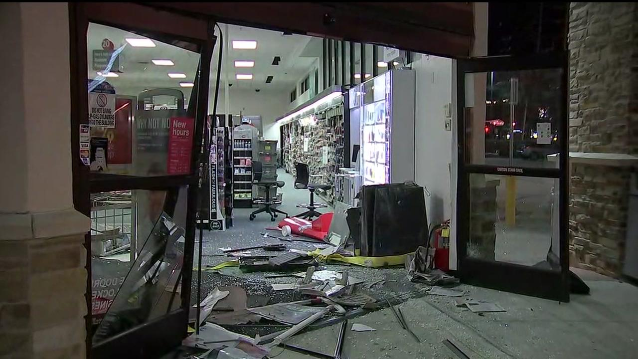 Thieves attempt to steal ATM after crashing truck into CVS pharmacy in Galleria area