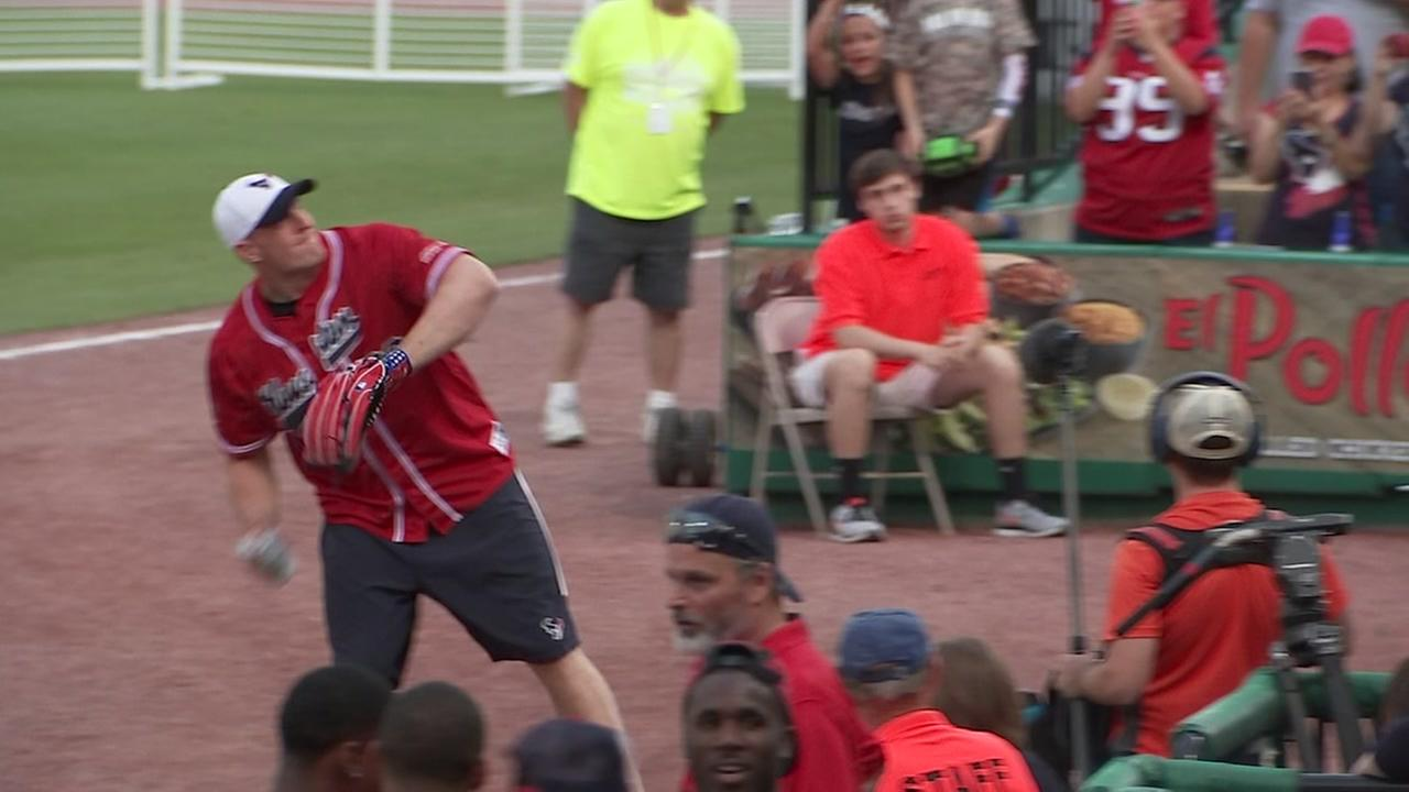 J.J. Watt set to host annual softball game