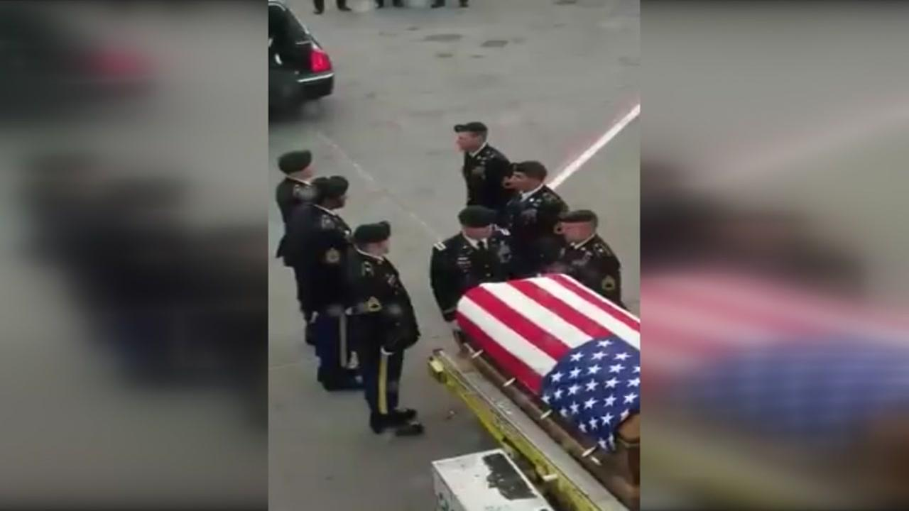 Video of soldier arriving in NC goes viral