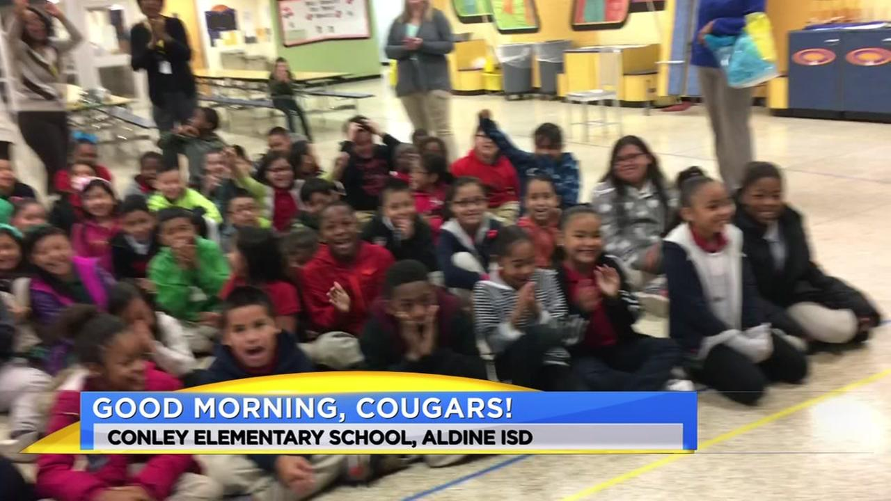 Travis Herzog takes a trip to Conley Elementary School