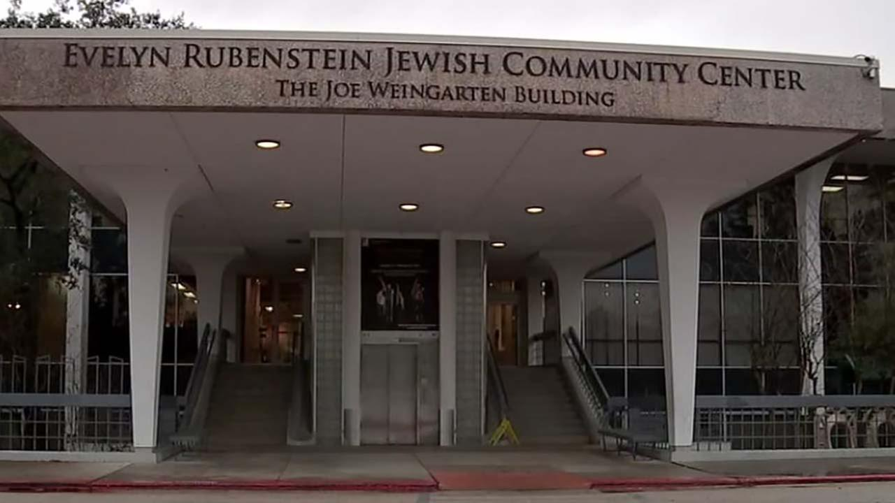 Houston Jewish center receives bomb threat