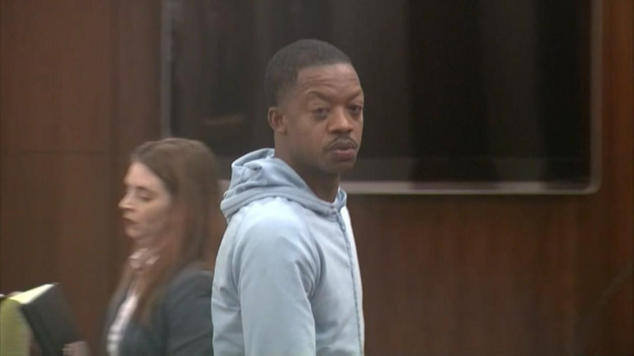 Felony retaliation charge dismissed against former Rockets star Steve Francis