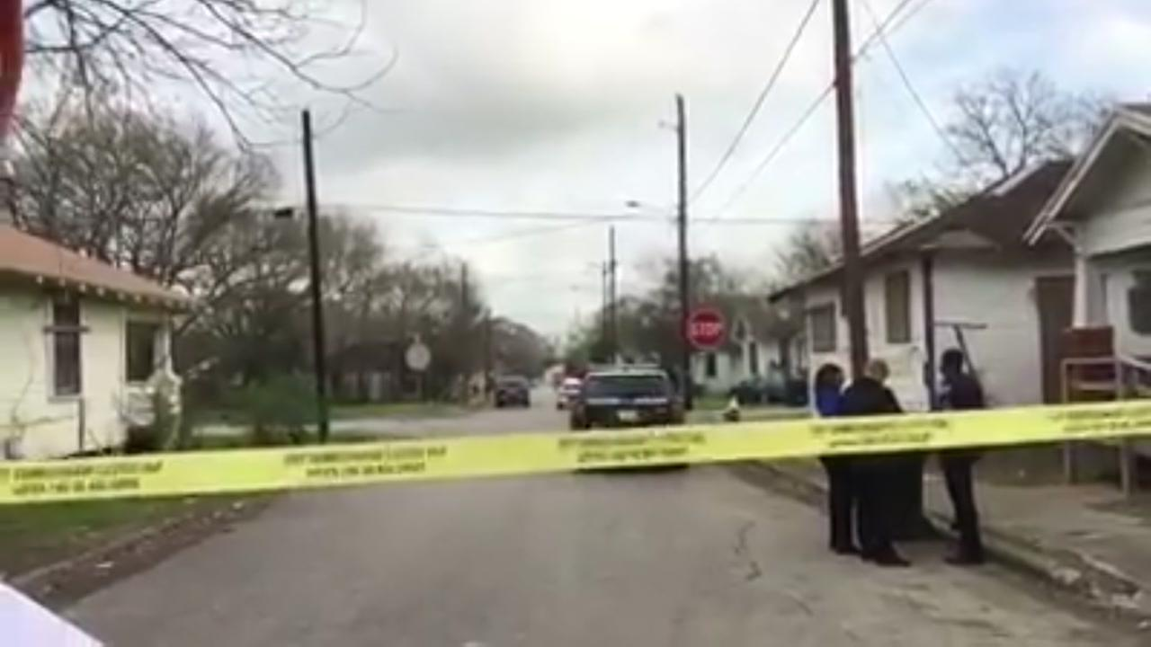 HPD investigating what appears to be the murder of a woman in southeast Houston