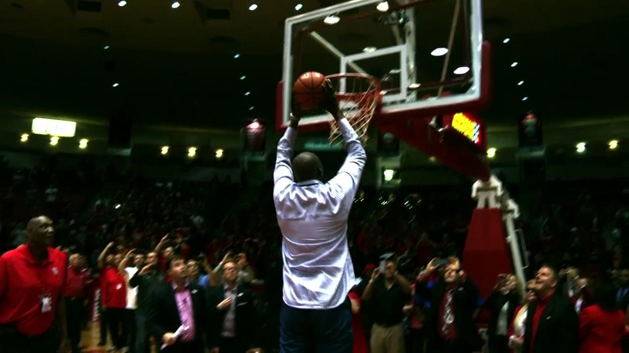 UH basketball says goodbye to Hofheinz Pavilion