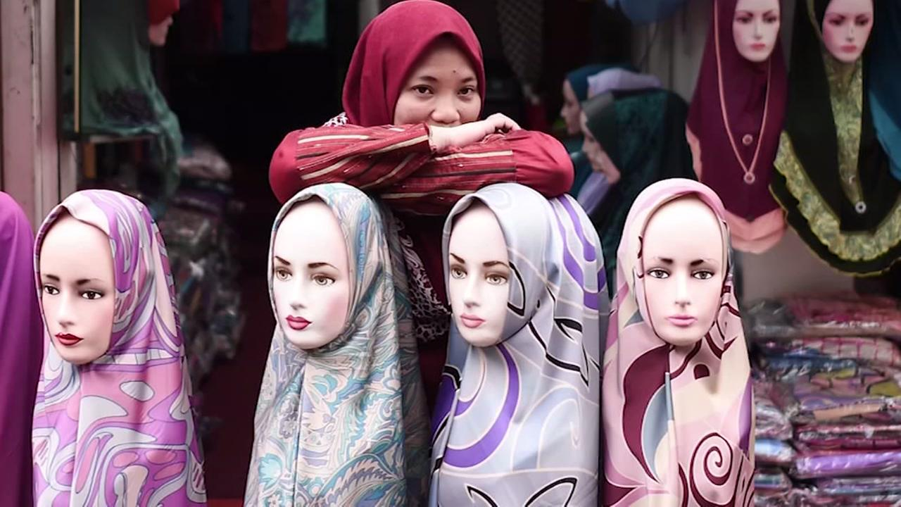 Ruling: Companies can now ban Muslim women from wearing headscarves