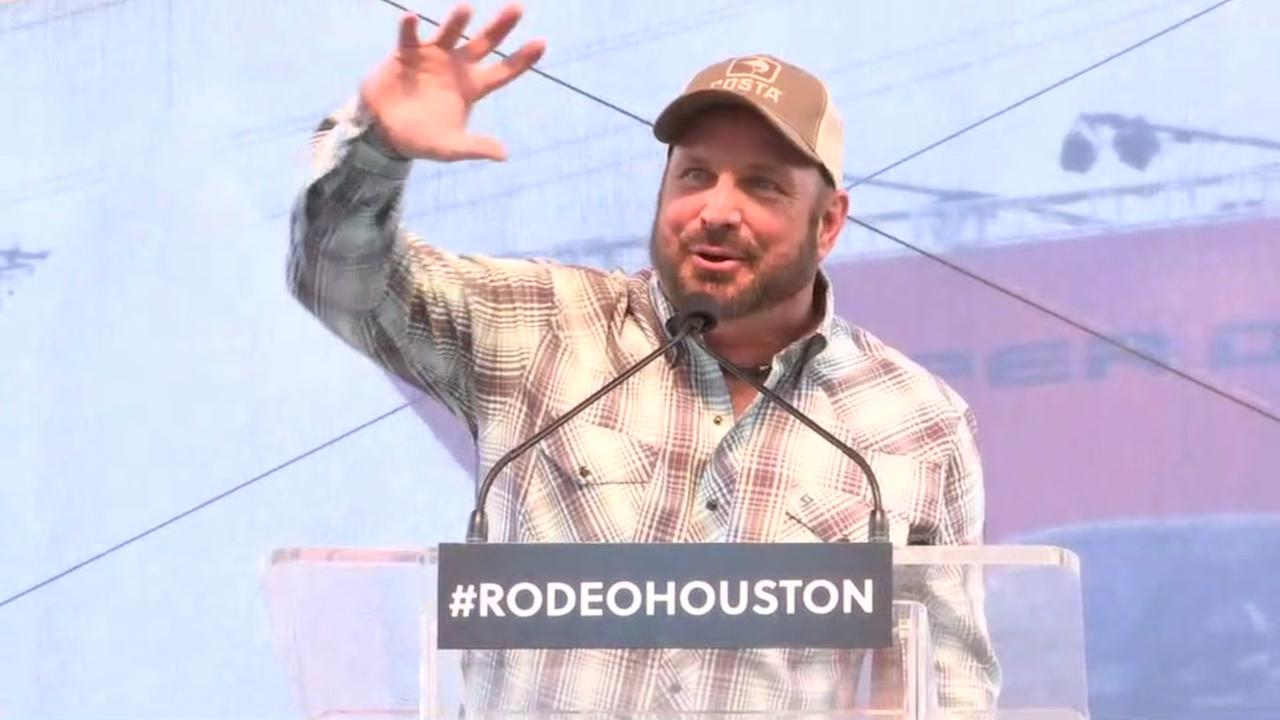 Garth Brooks announced as RodeoHouston 2018 performer
