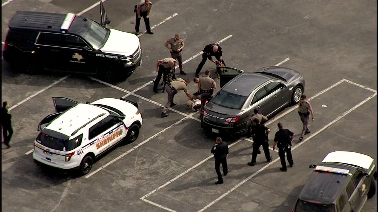 Chase suspect calls ABC13, told to pull over