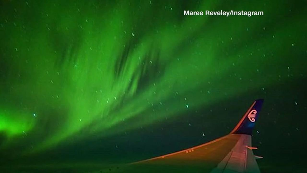 First charter flight flew through Southern Lights