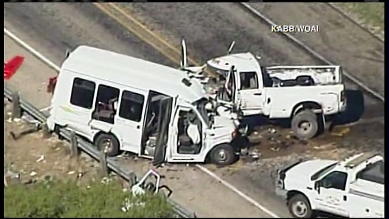 RAW VIDEO: Deadly bus accident in central Texas