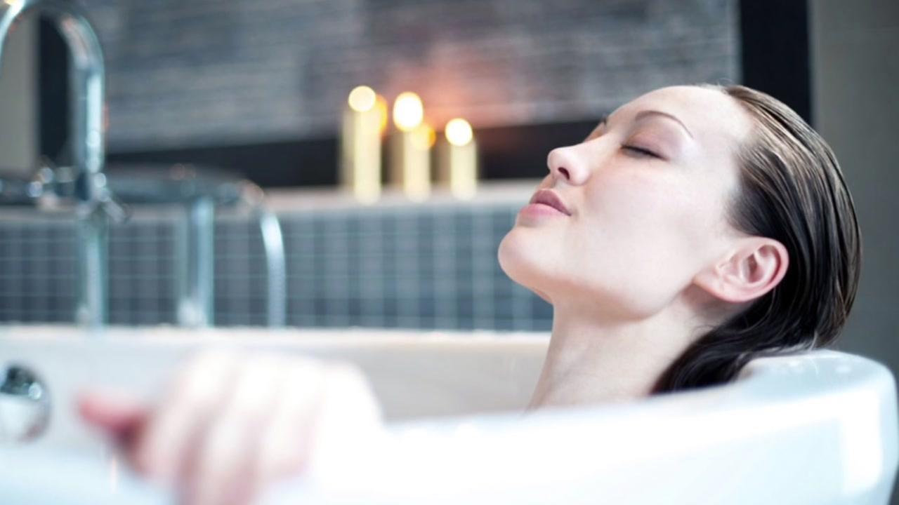 Hot baths burn as many calories as walking