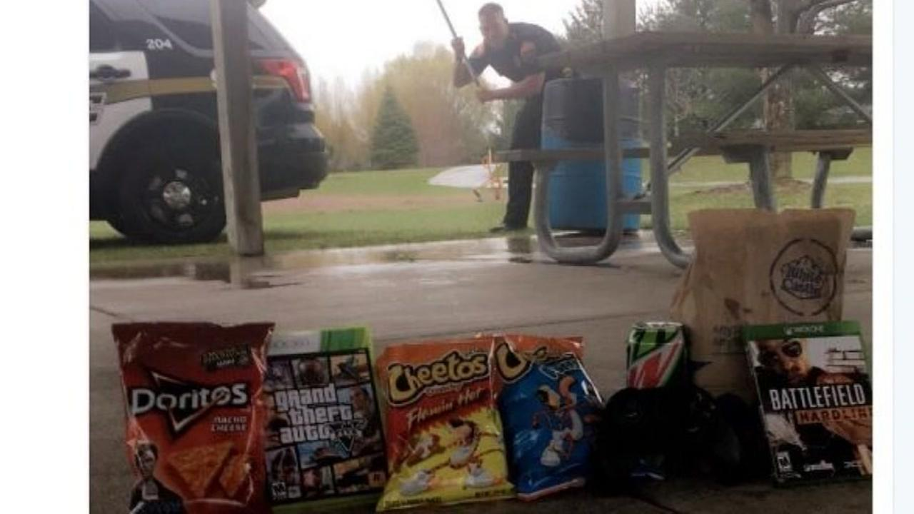 A Minnesota police department tweets viral pic of trap with munchies and video games on whats known as national weed day