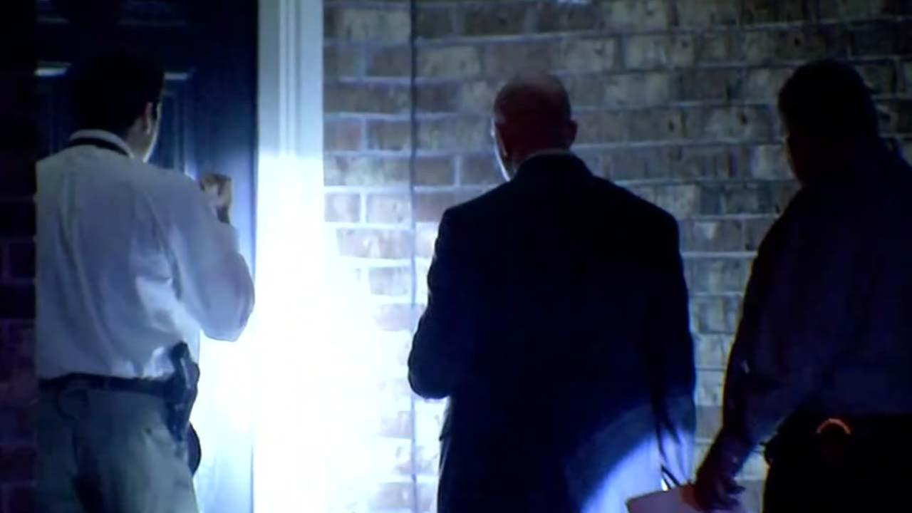 1 person dead after disturbance at home in northeast Harris County