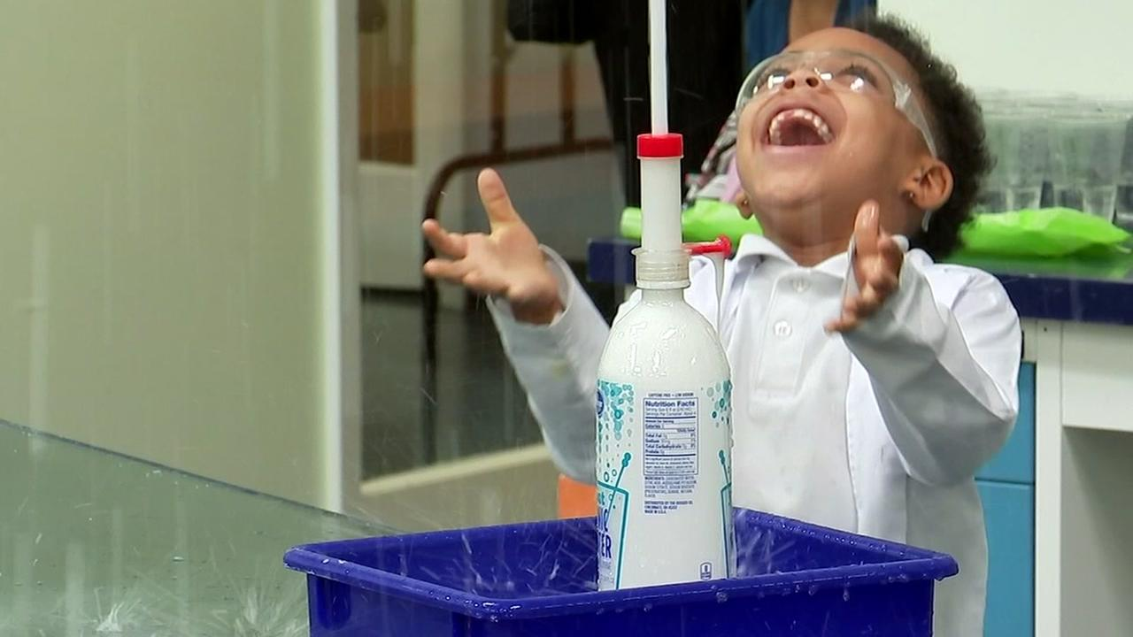 Little Beakers gives kids a taste of science