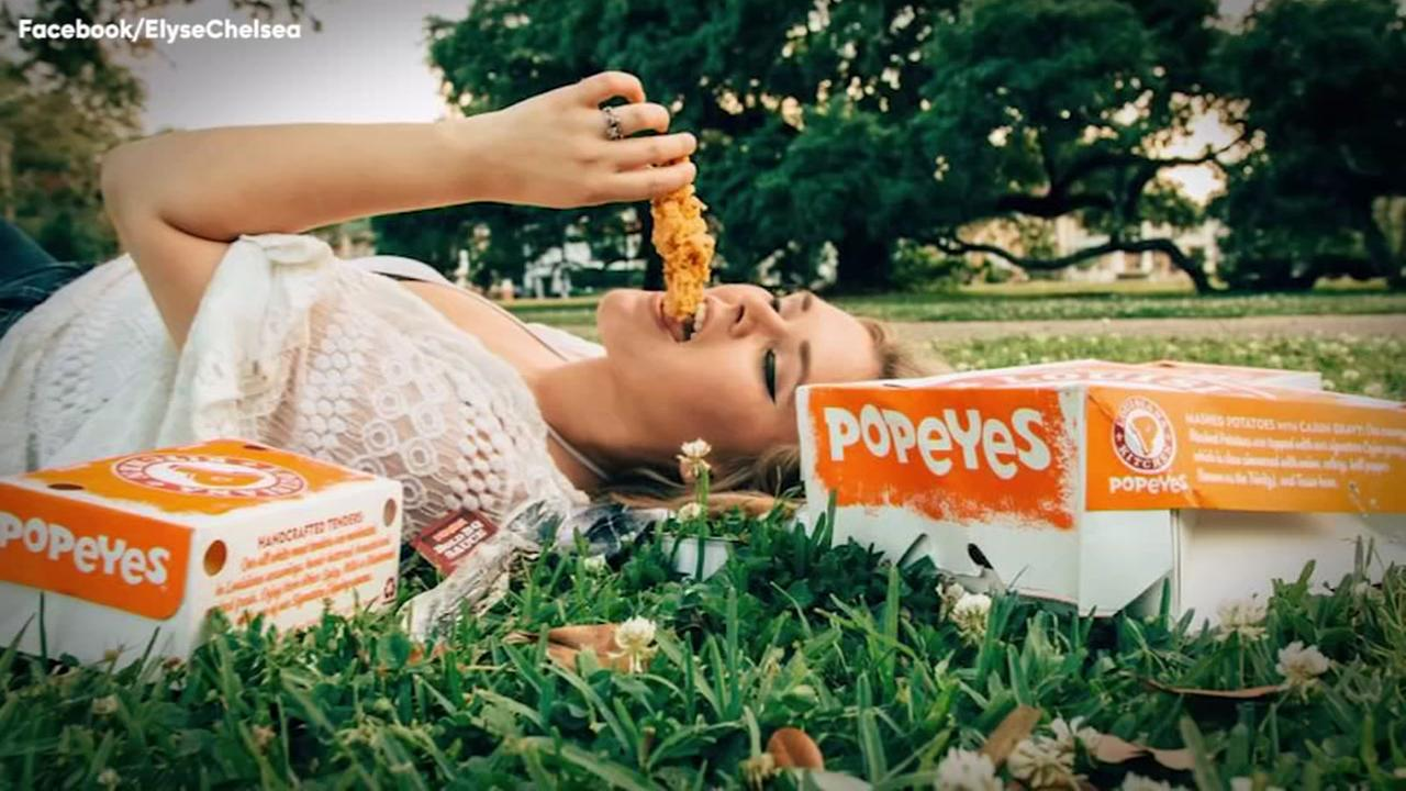 Woman has engagement photo shoot with Popeyes chicken