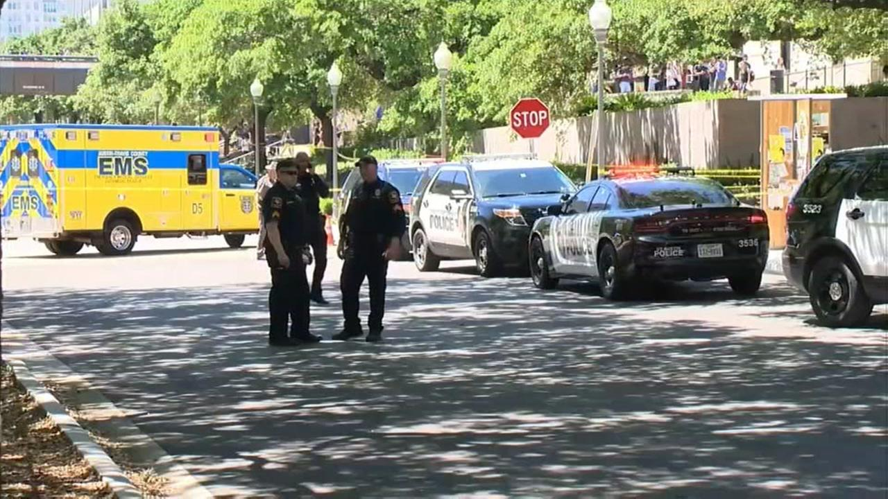 Created At 2017 05 02 0158 Selis Electric Wheel Chair Authorities 1 Dead Several Hurt In University Of Texas Stabbings