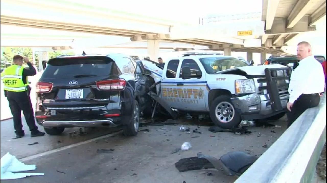 Harris County Sheriffs deputy injured in accident
