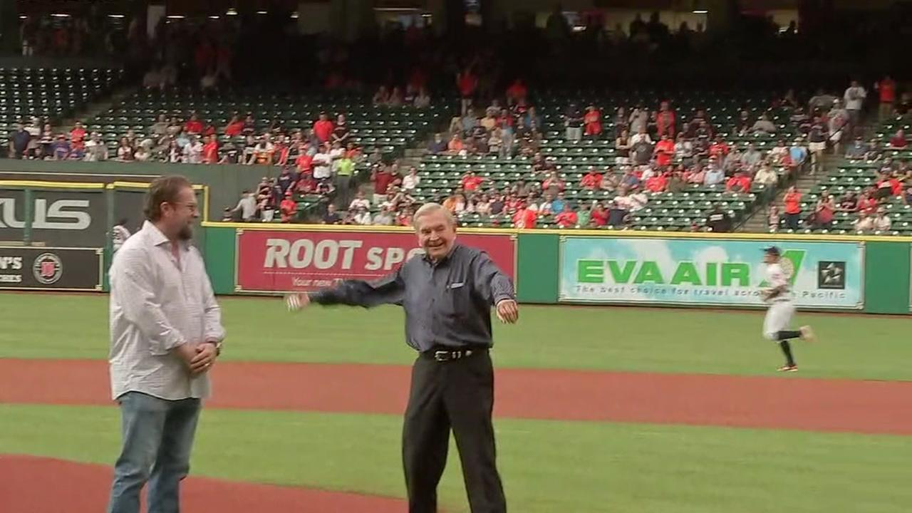 Dave Ward throws out the first pitch at the Astros game