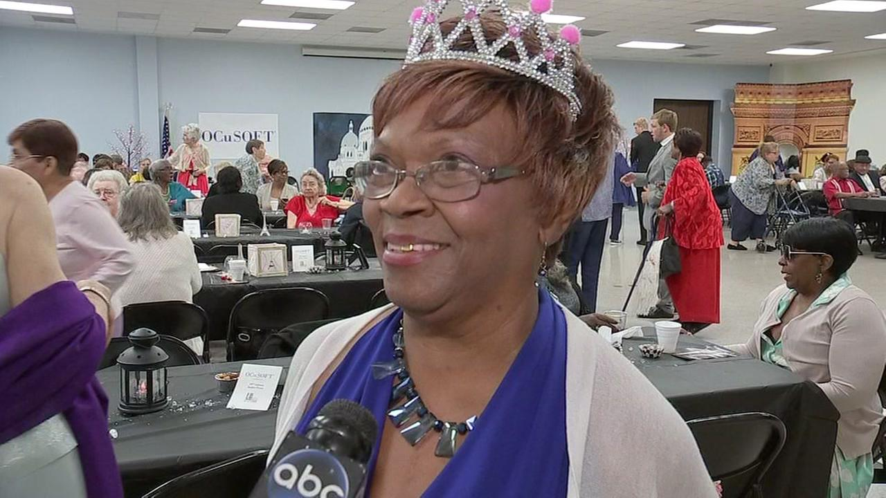 Students hold prom for senior citizens
