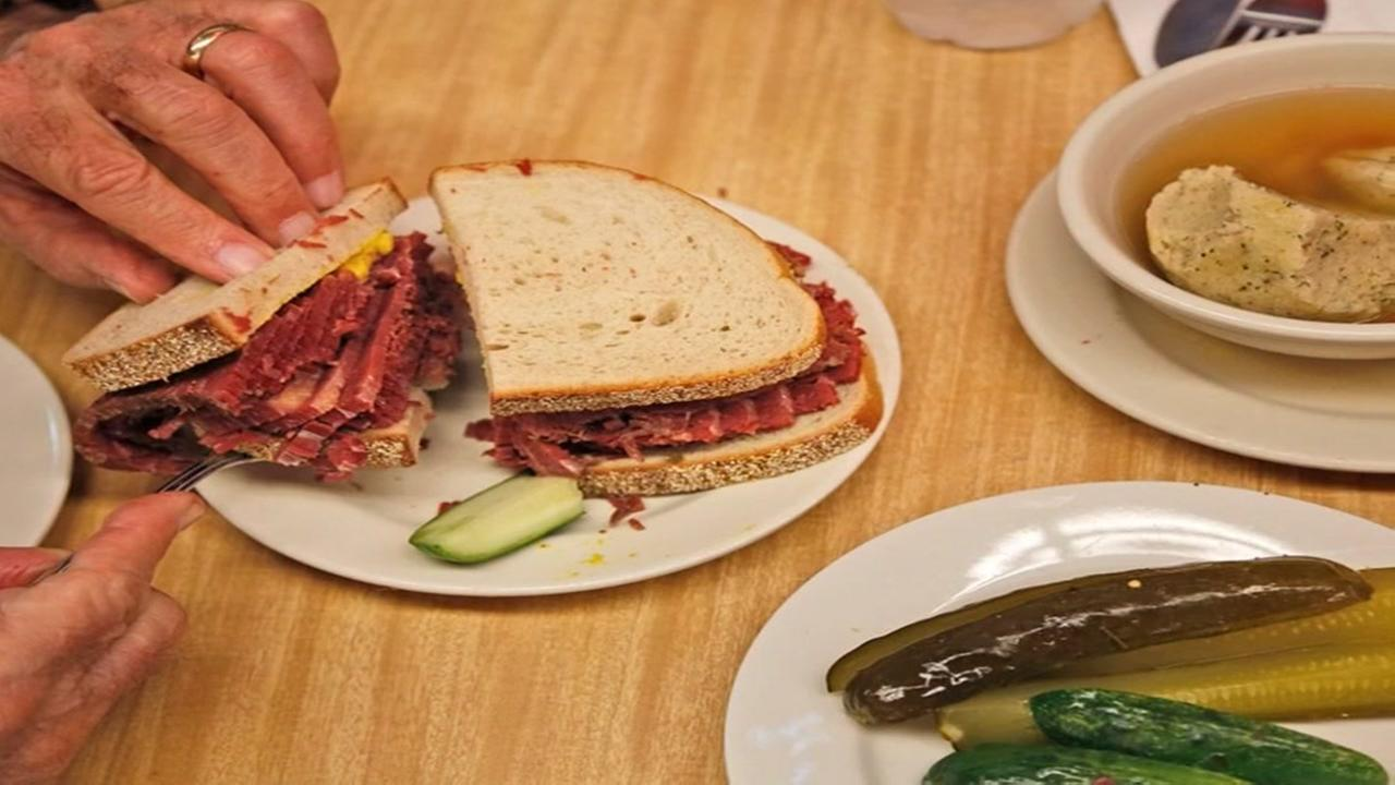 Katzs Delicatessen in New York City set to expand delivery service world wide.