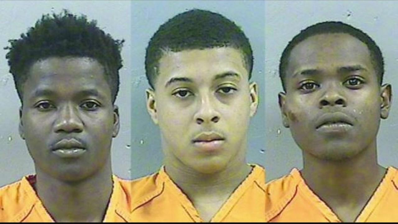 Boy found dead in stolen car in Mississippi, 3 arrested