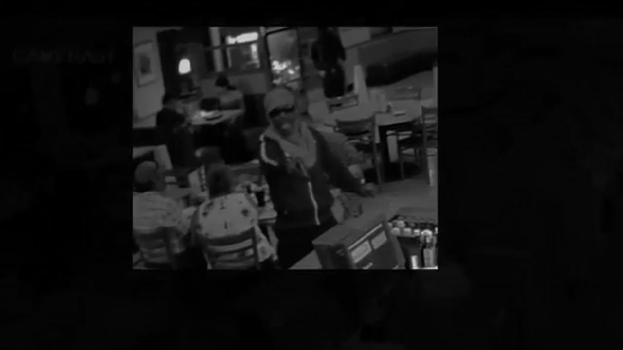Suspects wanted in aggravated robbery at NW Harris County Dennys